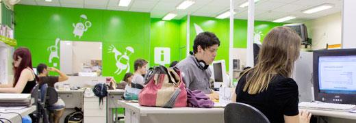 A agência proporciona aos alunos a oportunidade de estagiar em todas as áreas da Comunicação, em seus diversos núcleos