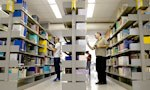 Conheça os laboratórios de informática e a Biblioteca