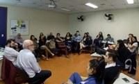 """Grupo """"Da compreensão como método"""" promove discussões"""